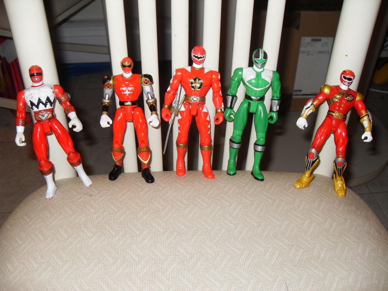 POWER Rangers BESTIA morphers 10 pollici Action Figure-BESTIA Racer Zord del