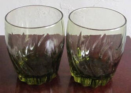 Vintage (2) Short Anchor Hocking Swirl Design Avocado Green Color Glass Tumblers - $18.99