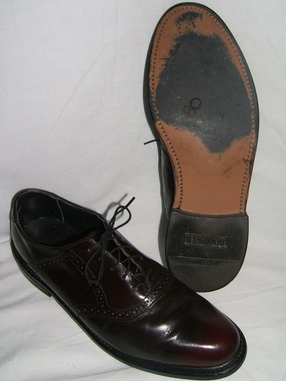 Primary image for STUART McGUIRE MADE IN USA BURNISHED CORDOVAN LEATHER WINGTIP SHOES--9 1/2 D