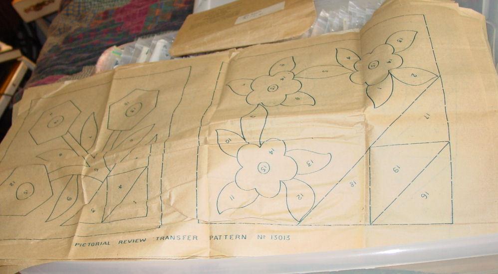 Transfer Pattern: Old Sent-for Flower Quilt Applique