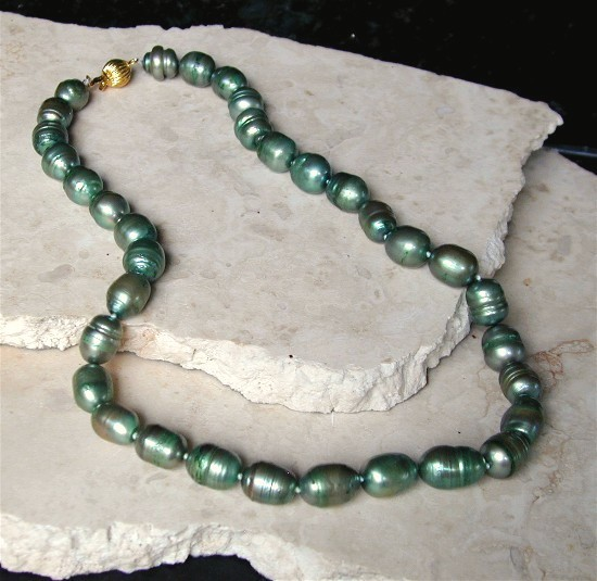 GENUINE 11-13mm Baroque Tahitian Pearl Necklace-925/YGP Clasp