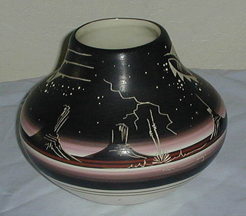 Navajo Pottery Hand Crafted Etched Bowl Signed