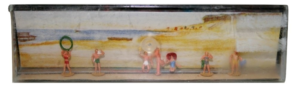 "Merton Railroad Figures ""N"" Gauge Bathers at Beach Playing, Sun Tanning, waving"