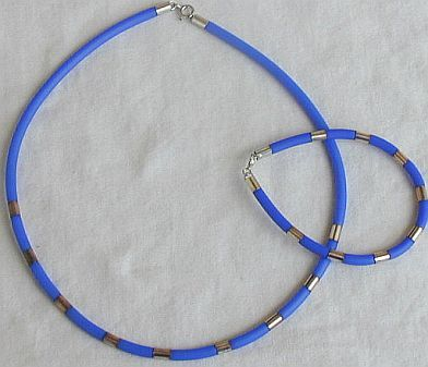 Light blue caucciu bracelet