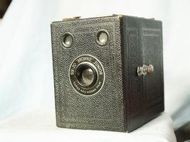 Kodak  Six 20 Brownie Junior Vintage Box Camera - Nice - - $12.00