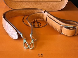 Authentic HERMES Taurillon Clemence Jypsiere Gypsy 28 Shoulder Bag NEW image 4