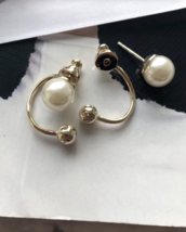 Authentic Christian Dior Mise En Dior Pearl CD Logo Earrings Gold Mint image 3