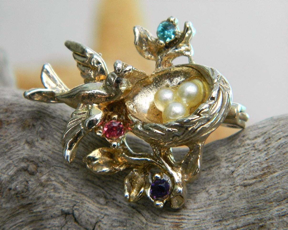 Vintage Bird Pins 54