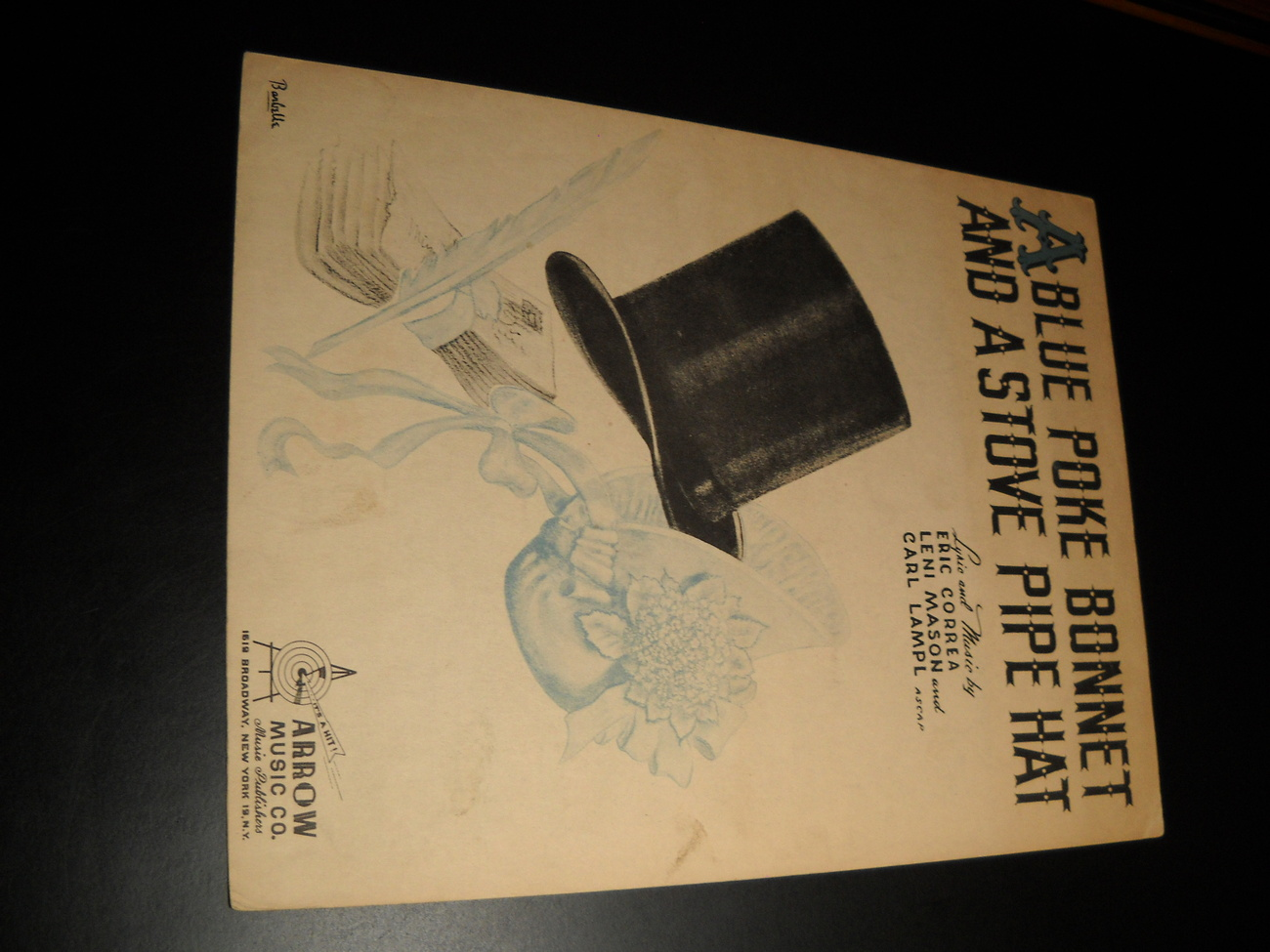 Sheet music a blue poke bonnet and a stove pipe hat eric correa 1944 arrow 01