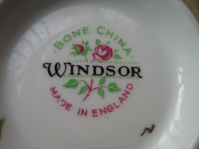 Vintage Windsor English Bone China Sugar Bowl & Creamer, 1950s - 1960s image 4