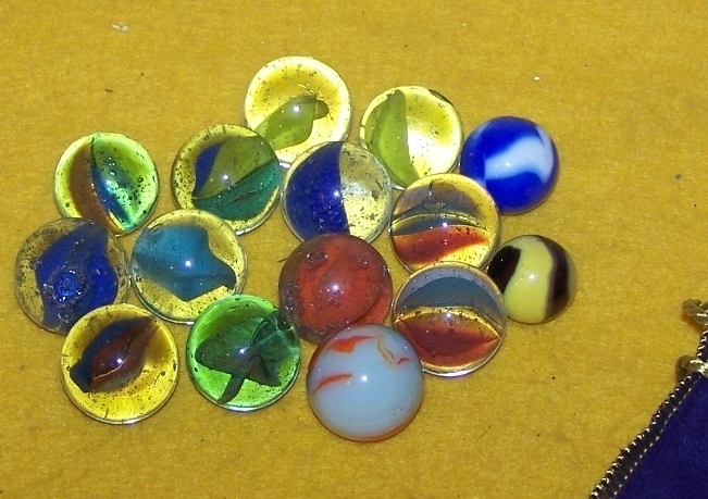 Marbles 15glass1bumblebee