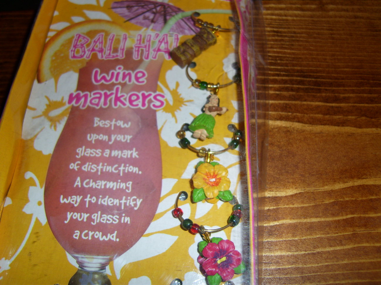 Bali H'ai hula theme wine markers still in package Tropical