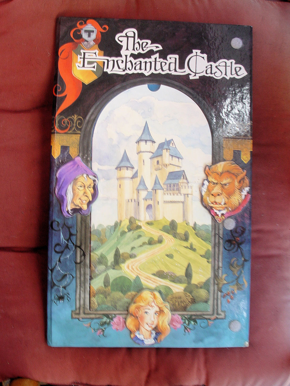 THE ENCHANTED CASTLE Keith Moseley POP-UP BOOK as new