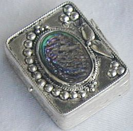 Mini box with colored glass