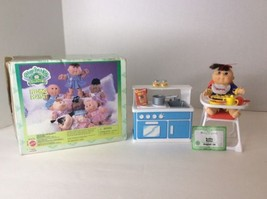 1997 Mattel Cabbage Patch Collectibles Feeding Playset With Doll Food An... - $18.52