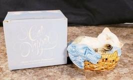 Avon Cat Napper Ceramic  Pomander Kitten In A Basket No Wax Chips 1983  - $14.53