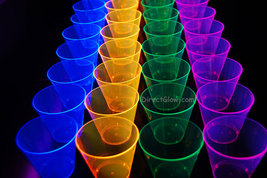 50ct Neon Assorted Blacklight Reactive 9oz Party Cups with 5 Blacklight Balloons - $19.95