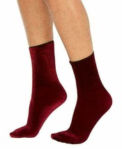 Hue Women's Currant Velvet Crew Socks One Size New w Tags image 2