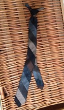 """VINTAGE BOYS NECKTIE """"Wear With Brown Or Olive Suit"""" WEMBLEY Clip-On 17""""... - $19.24"""