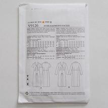 Vogue V9126 Vintage Model Dress Pattern 1947 Design Size A5 6-14 image 7