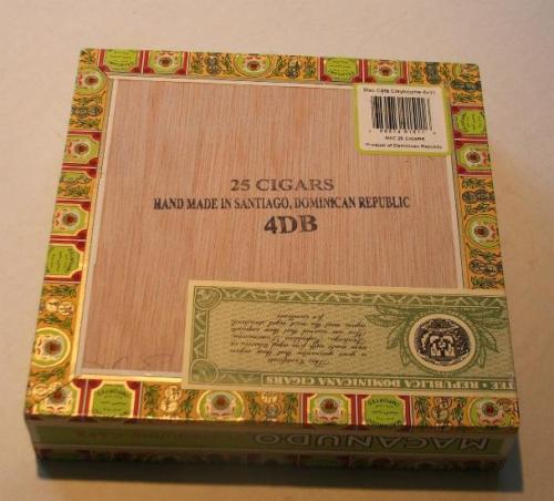 Macanudo Claybourne Cafe Exquisite Cigar Box