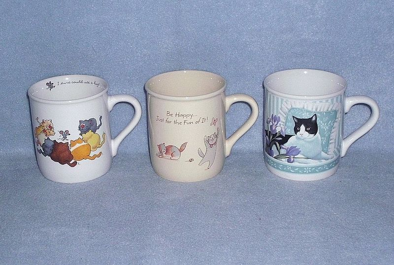 Hallmark 3 Different Kitty Cat Porcelain Coffee Mugs 2 Comical 1 Pretty