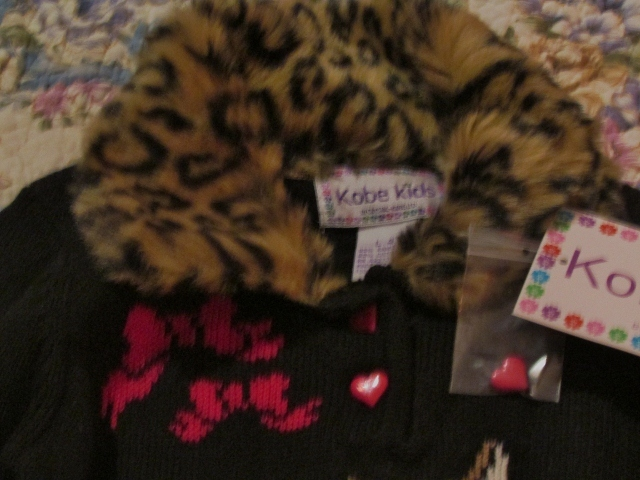 Girls Faux Fur Leopard Sweater Red & Black Kobe Kids SZ 4T NWT Heart Buttons  image 3