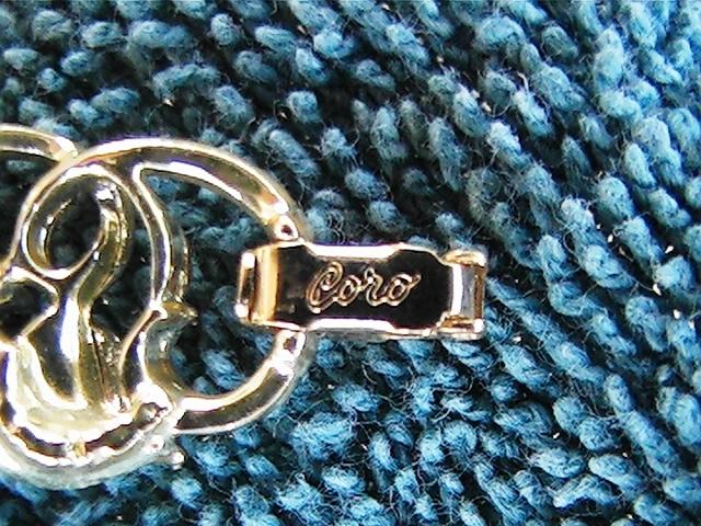 "Vintage Coro 7"" link bracelet gold with stones"