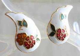 Elegant White Cloisonne Enamel Flowers & Butterfly Pierced Earrings 1970... - $12.95