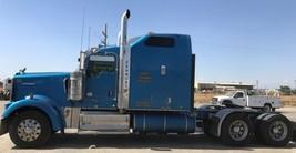 2012 KENWORTH W900L For Sale In Visalia, CA 93292 image 2