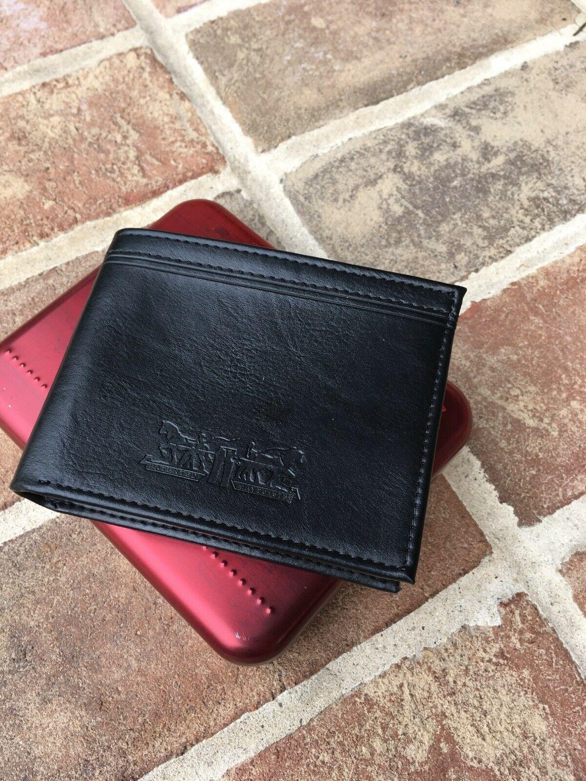 Levi's Men's Black Bifold Leather Wallet RFID Blocking