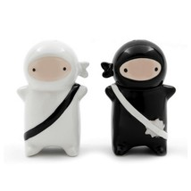 NINJA SALT AND PEPPER SHAKERS Set Ceramic Cute Japanese Warriors Black W... - $16.88