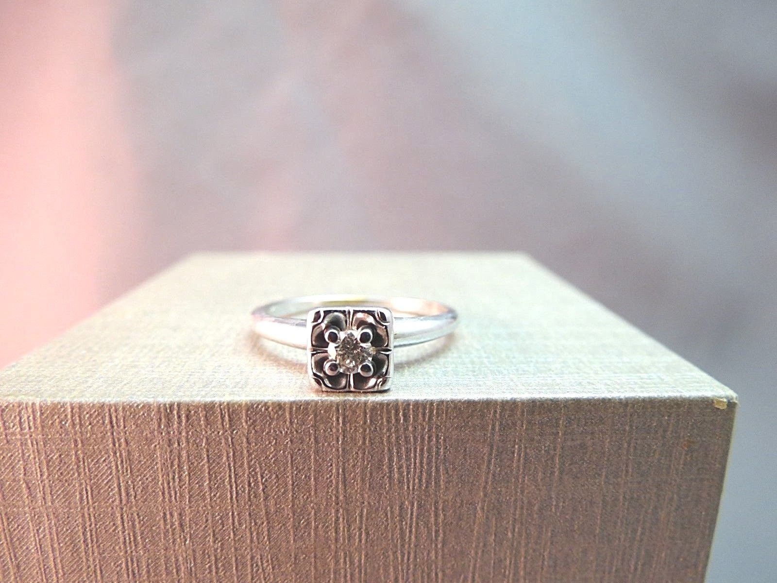 14k White Gold Antique Diamond Solitaire Engagement Ring 2.35g Size 7.5 Square