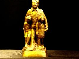 Bruce Fox Statuette of Man and his two children AA19-1636 Vintage USA image 9