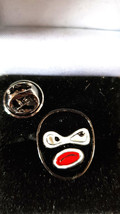 who am i? Metal Enamel Lapel Pin Badge Lapel /tie Pin Badge  with clip for rear