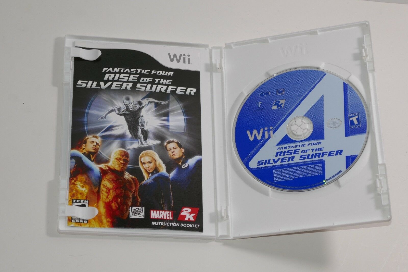 Fantastic 4: Rise of the Silver Surfer (Nintendo Wii, 2007) COMPLETE