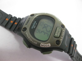 Timex Ironman Indiglo 30 Lap 100M Men's Wristwatch Watch 855 Vintage M0 - $29.69