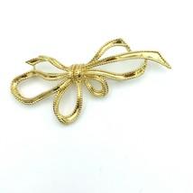 "TRIFARI textured ribbon bow coat pin - vintage signed gold-tone big 4"" b... - $25.00"