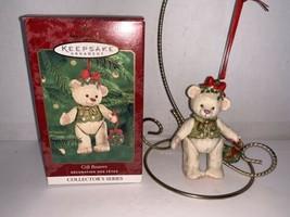 Hallmark Keepsake Ornament Gift Bearers 2nd In Series 2000 - $5.00