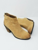 Vince Camuto women 8 Graysen distressed suede ankle booties heel tan - $57.08