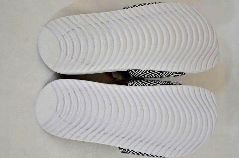 774bd3012631c ... Nike Kawa Slide Print Women s Black White Slip on Sandals Size  7 NEW  no ...