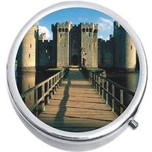 Bodiam Castle Medicine Vitamin Compact Pill Box - $9.78