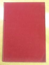 Macrame Creative Design in Knotting Meilach Hardcover Book 1971 - $1.98