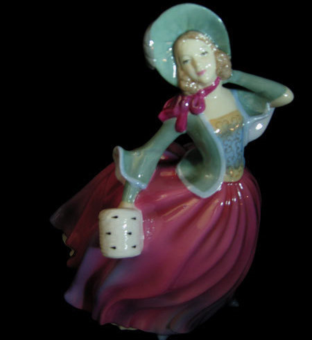 Royal Doulton Figurine: Autumn Breeze