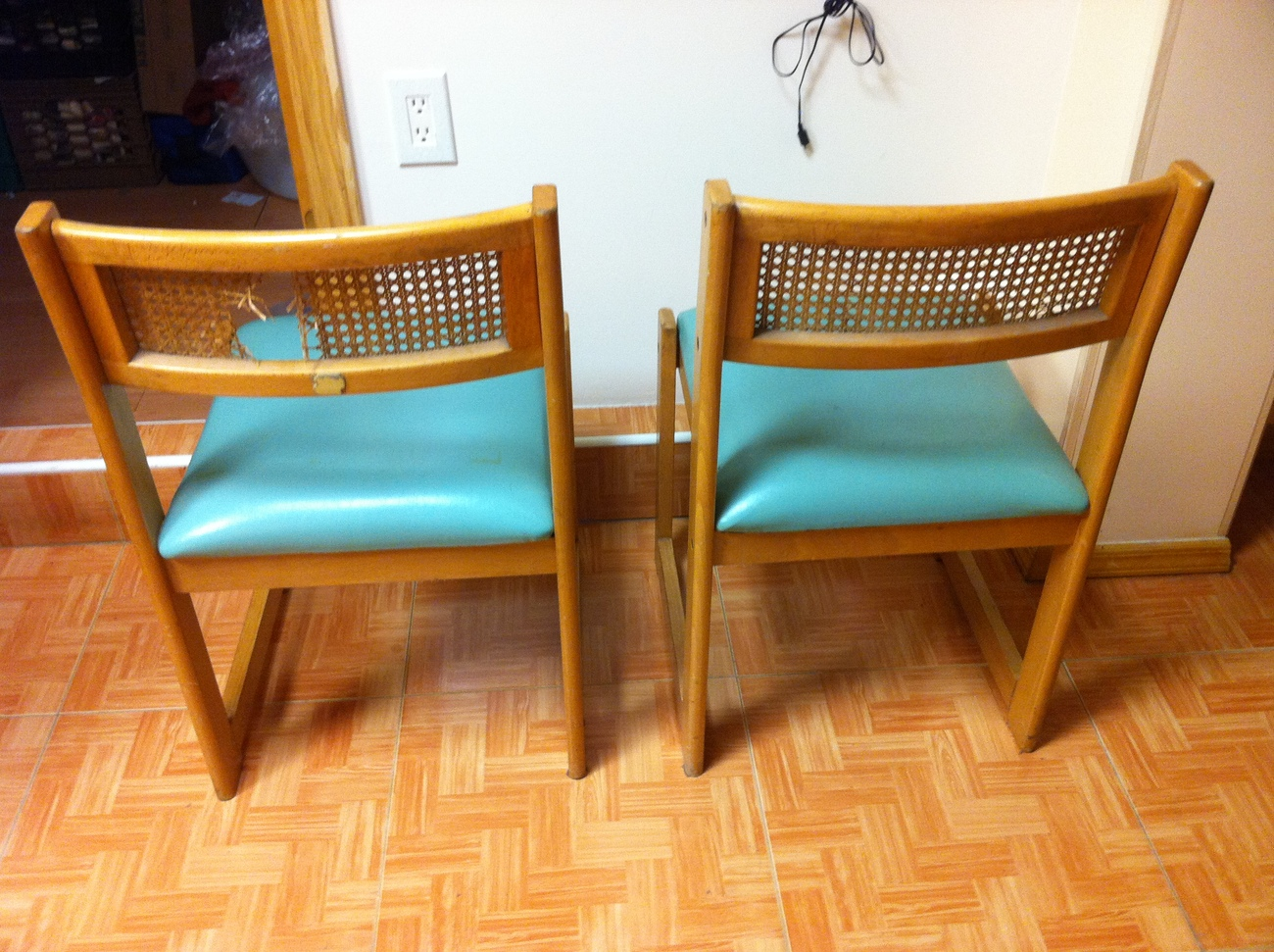 Vintage Leather Pine wood comfortable Back Side Chairs