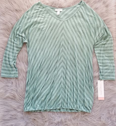 b5b92b5cc1d3f Liz Lange Maternity Top Shirt Teal Stripe SZ and 20 similar items. 12