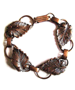 Vintage Arts and Crafts Style Hand Wrought Leaf Copper Bracelet 1970s - $20.00