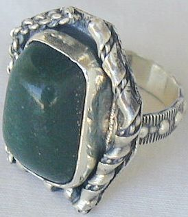 Green ring hand made sr52 1