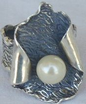 White pearl hand made ring pl2 thumb200