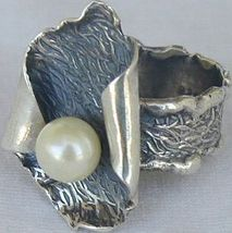 White pearl hand made ring pl2 1 thumb200